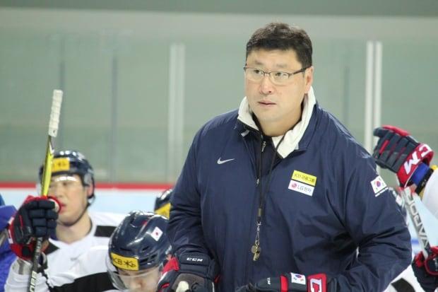 Coach Paek