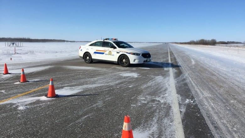 Winnipeg man dead after head-on crash on Highway 9 | CBC News
