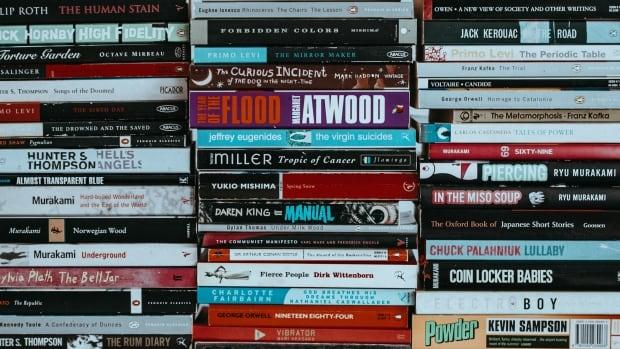 Generic book stack
