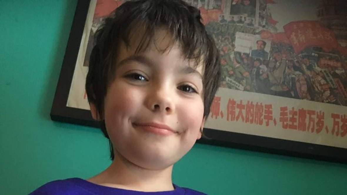 Quebec father calls wait for speech therapy for child with autism a 'nightmare'
