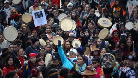 Thousands take part in annual Women's Memorial March