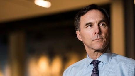 Canada won't be 'impulsive' responding to U.S. tax cuts, Morneau says