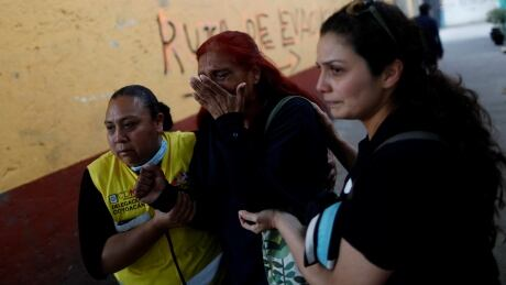 Helicopter crash kills 13 after strong quake hits Mexico