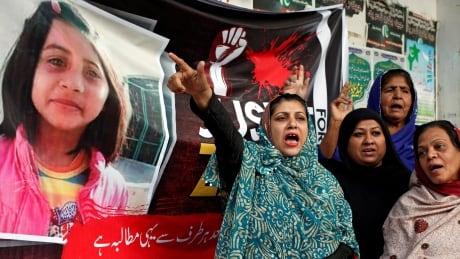 Pakistan court sentences serial killer of children to death