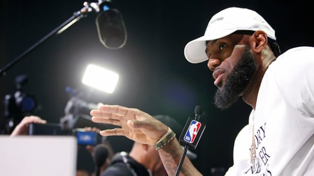 LeBron-James-social-issues