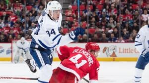 Matthews' game-winner leads Leafs past Red Wings