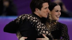 Tessa Virtue, Scott Moir break short dance world record