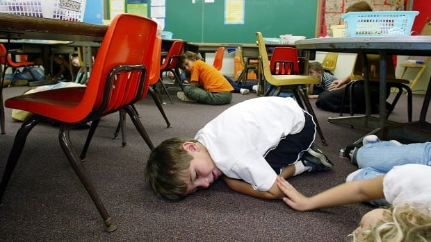 Hawaii kindergarteners practice lockdown drills