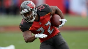 Buccaneers release Doug Martin after disappointing season