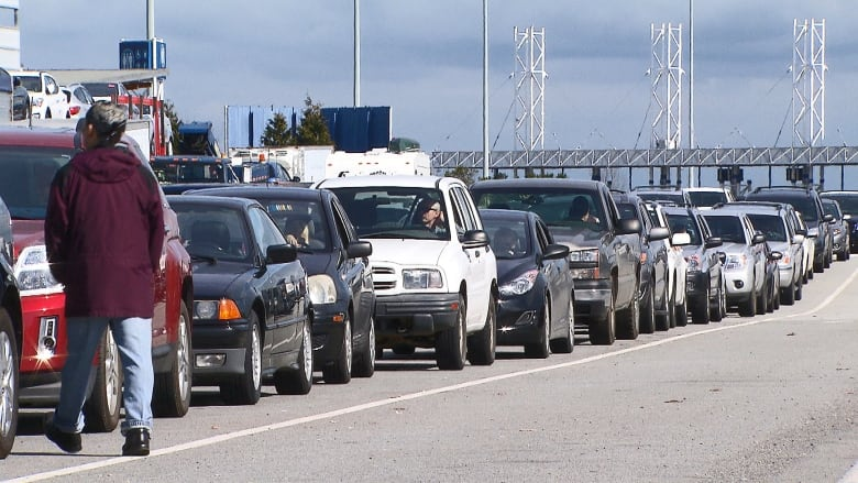 BC Ferries to offer fare discounts on major routes to help fix reservation system