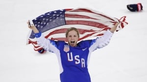 U.S. wins women's hockey gold, denies Canada 5th straight Olympic title