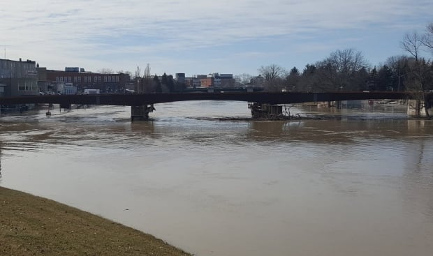 Flood warning issued by Lower Thames Valley Conservation Authority