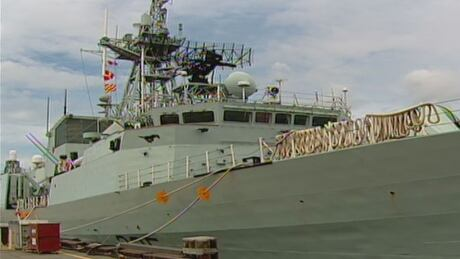 Canadian navy ship spills fuel in Strait of Georgia
