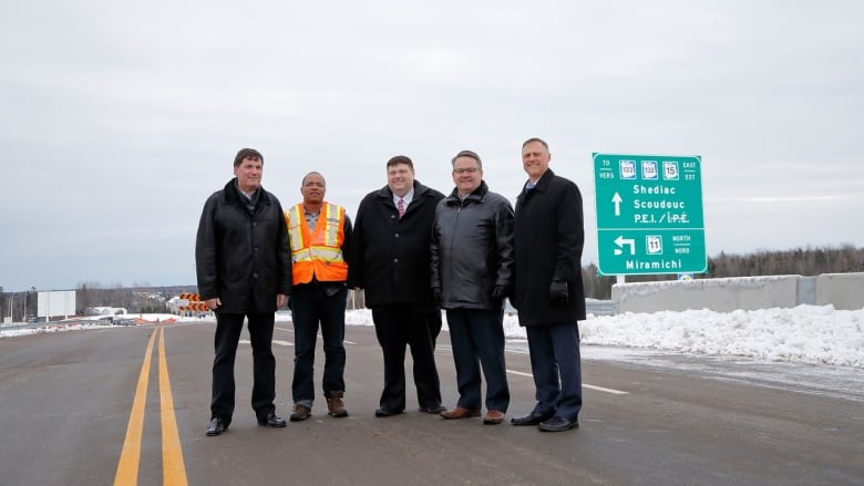 Drivers say confusing signs keeping them from leaving New Brunswick