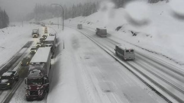 Coquihalla and Highway 3 both open following late-night crashes