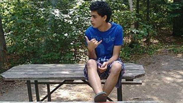 Abuldrahman El-Bahnasawy, 20, of Mississauga, Ont., faces life in prison in the U.S. after being convicted of terrorism charges, and has asked the judge for a second chance.