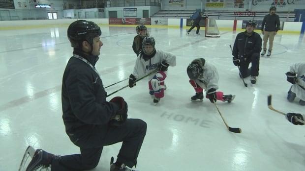 Syrian hockey lessons