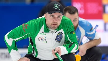 Saskatchewan's Steve Laycock heads to B.C. to curl with Team Cotter
