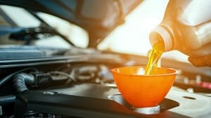 How to avoid spending money on unnecessary oil changes