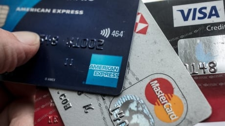 More than a dozen federal departments flunked a credit card security test thumbnail