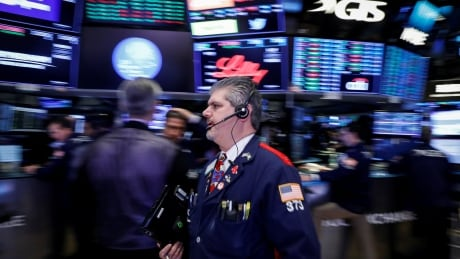 Jobs figures, tariff exemptions push Toronto, U.S. markets into the green thumbnail