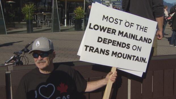 Rick Birch, Alberta, pipeline advocate, Vancouver rally March 10 2018
