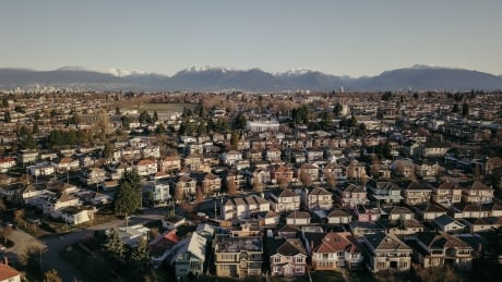 Public packs city hall for divided debate on allowing duplexes across Vancouver