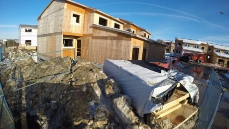 Red Cross to help Fort McMurray condo owners in rebuild project plagued by lawsuits thumbnail
