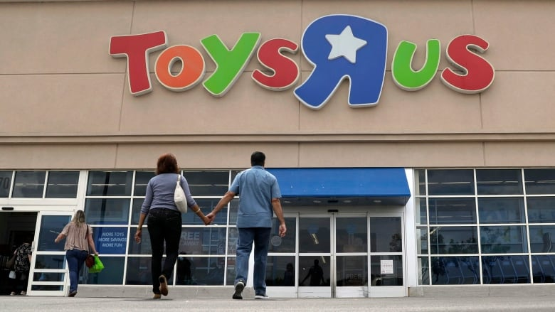 toymaker mga entertainment seeks to buy toys r us canada as u s
