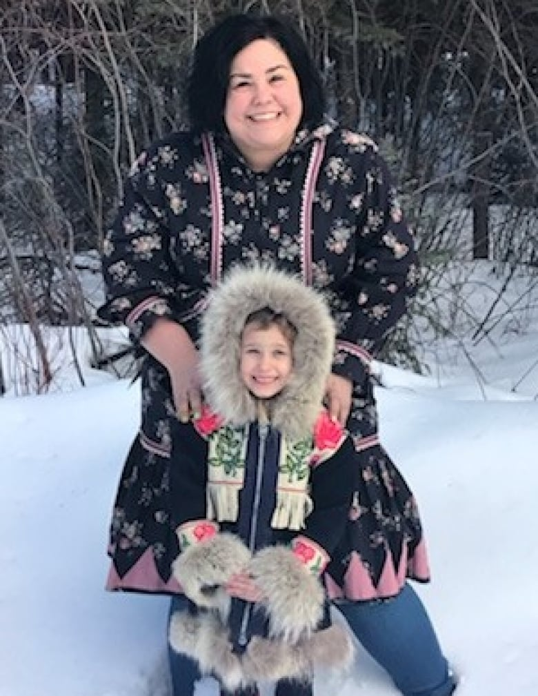 d6b28b6667c Woman seeks maker of mystery parka that warmed 12 little girls over ...