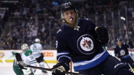 Injured Winnipeg Jets star Patrik Laine might only be out 1 week thumbnail
