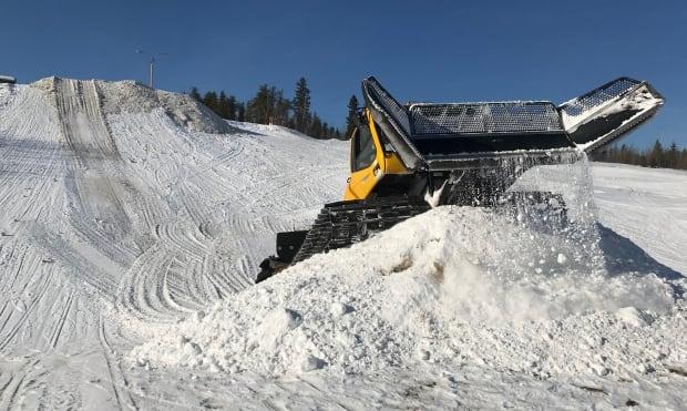 Tyler Nichole AWG snowboard park