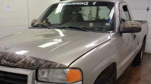 suspect pickup truck, fatal hit and run, Brady Francis, Saint-Charles