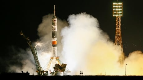 canadian nasa astronaut blasts off for space station