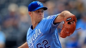 Blue Jays acquire RHP Sam Gaviglio from Royals