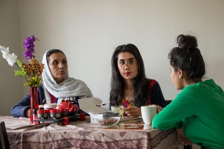 Afghan girls in delhi