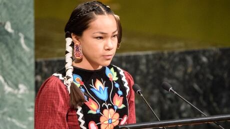 Canadian teen tells UN 'warrior up' to protect water thumbnail