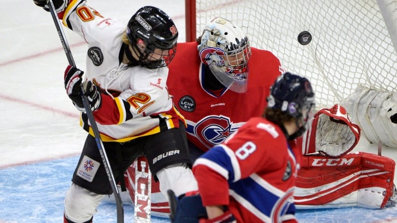 Cassie Campbell Pascall Joins Chorus For United Women S Hockey