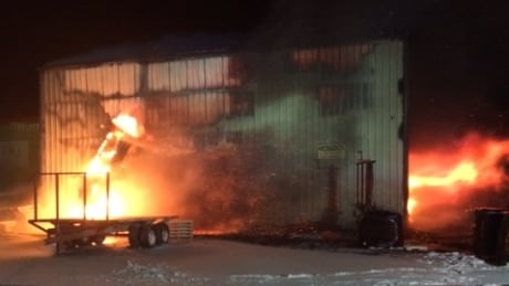 Peat moss plant is 'a total loss' after fire in Baie-Sainte-Anne thumbnail