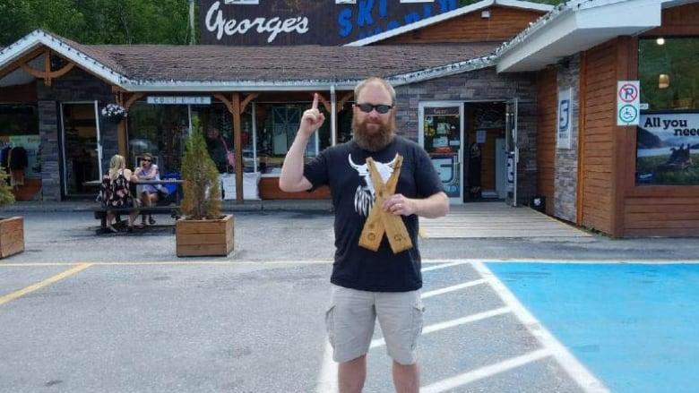 Grate idea: Newfoundlander builds unexpected business with bristle-free BBQ scraper