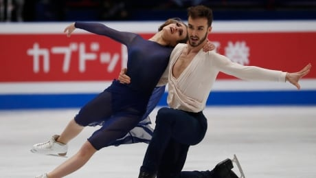 Papadakis and Cizeron reach highest peak, set records at figure skating worlds
