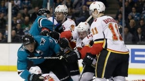 Flames' playoff chances further dwindle with loss to Sharks