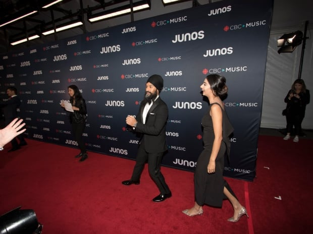Federal NDP Leader Jagmeet Singh and Gurkiran Kaur arrive on the red carpet at the Juno Awards in Va