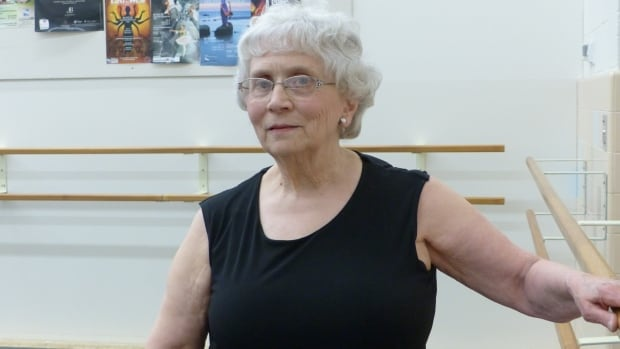 79-year-old ballet dancer finds way to live out childhood dream