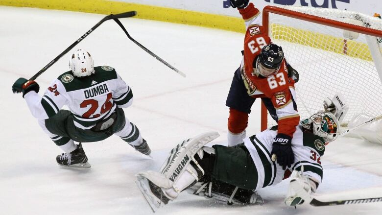 Nhl S Hockey Ops Officially Gets Final Say On Goalie Interference