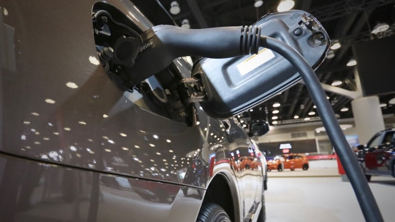 Electric Vehicles Front And Centre At Vancouver Auto Show CBC News - Car show display flooring