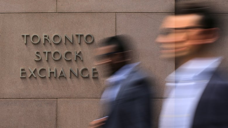 Canada's main stock index posts biggest gains in 3 years