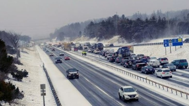 39-vehicle pileup brought Highway 400 near Barrie to standstill