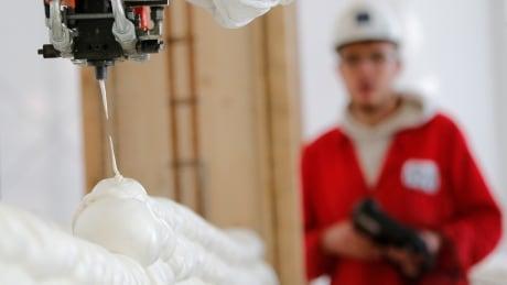 watch a robot build a 3d printed house