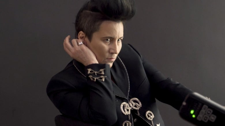 Guizo of Montreal: This k d  lang-impersonating drag king